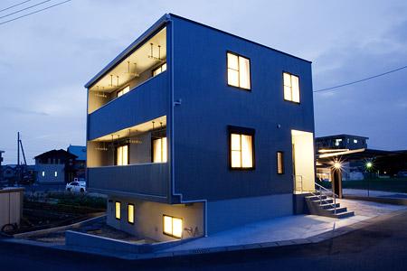 地下室のある注文住宅 | 年収300万円からの家づくり|注文住宅見積もりNAVI